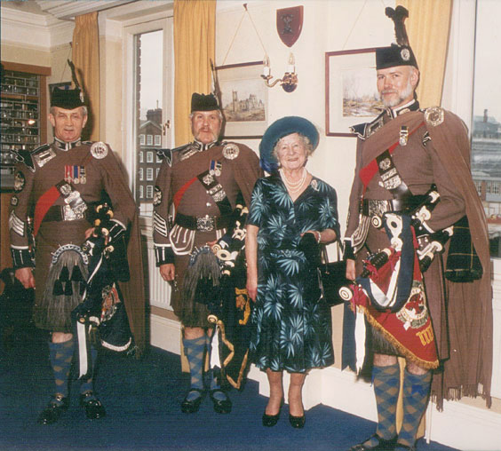 The Queen Mother with Pipers